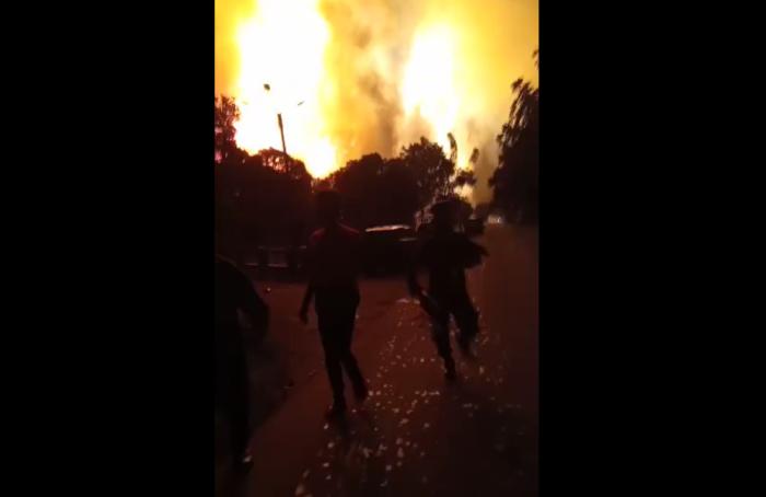 https: img.okezone.com content 2021 03 29 525 2385619 sebelum-kilang-minyak-balongan-terbakar-warga-dengar-ledakan-kencang-oSiiFZmOXo.png