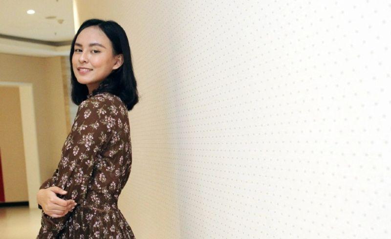 https: img.okezone.com content 2021 03 30 194 2386740 senyum-manis-nadia-runner-up-miss-indonesia-2020-yang-tersandung-masalah-penipuan-ny9e1qfnCG.jpg