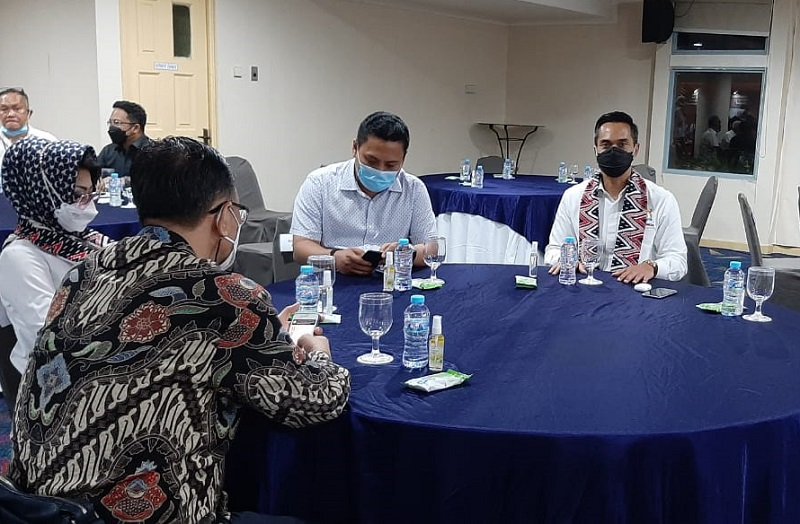 https: img.okezone.com content 2021 03 30 320 2386797 ke-makassar-anindya-bakrie-bahas-dampak-ekonomi-pasca-pandemi-covid-19-mVTZJENvPt.jpg