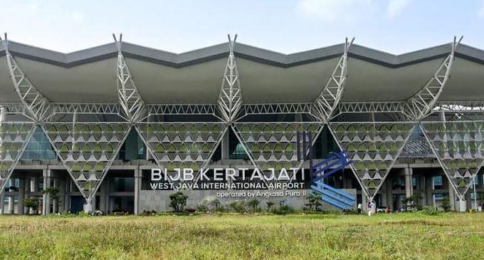 https: img.okezone.com content 2021 03 30 406 2386336 bandara-kertajati-bakal-jadi-tempat-maintenance-pesawat-Hgu22jenW7.JPG
