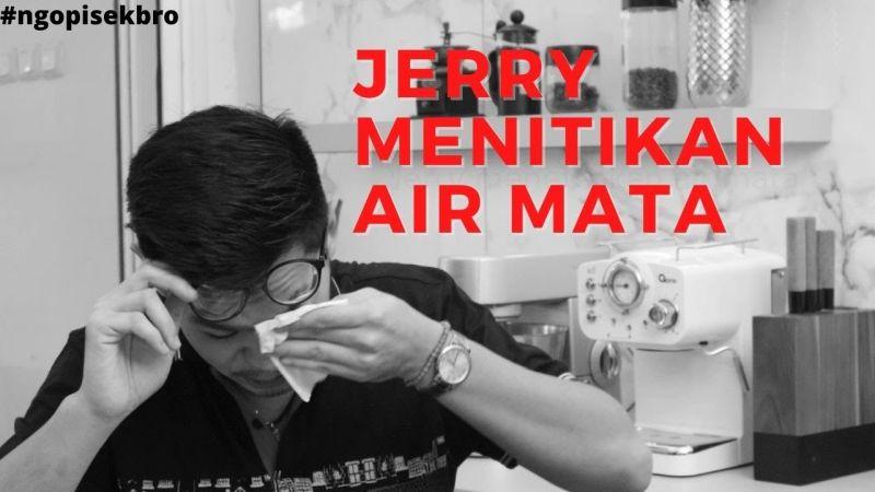 https: img.okezone.com content 2021 03 30 612 2386689 dibanding-chef-jerry-masterchef-indonesia-pilih-jadi-selebriti-CrzRdTaCRM.jpg