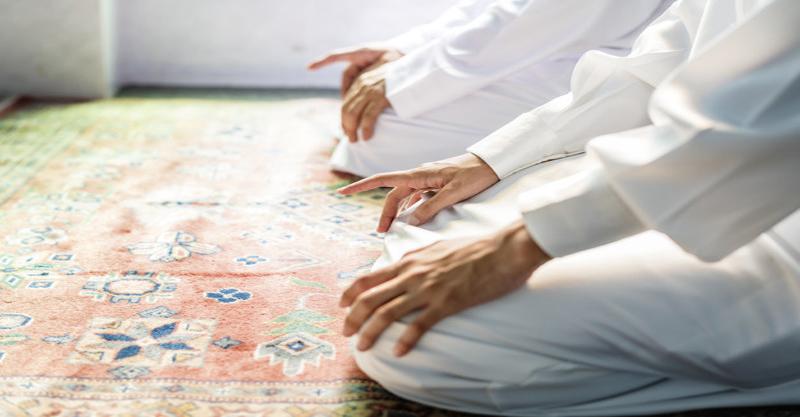 https: img.okezone.com content 2021 03 30 614 2386425 sholat-tarawih-bakal-digelar-di-seluruh-masjid-dan-mushola-di-jateng-pSHazOr9Wb.jpg