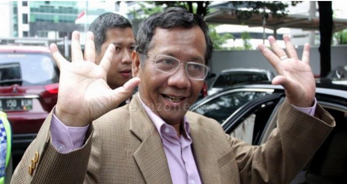 https: img.okezone.com content 2021 03 31 337 2386923 mahfud-sebut-indonesia-dihadapi-berbagai-ancaman-yBdHoRLrQf.jpg
