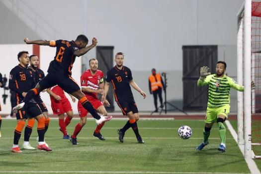 https: img.okezone.com content 2021 03 31 51 2386847 belanda-libas-gibraltar-7-0-di-kualifikasi-piala-dunia-2022-zona-eropa-JubLHee53r.jpg