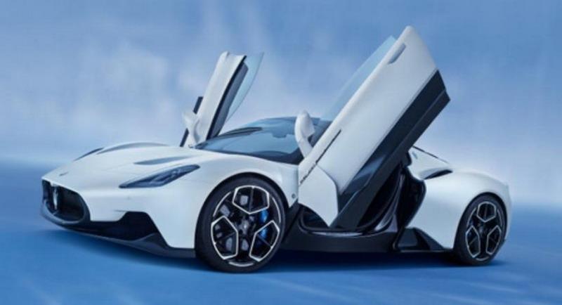 https: img.okezone.com content 2021 04 01 15 2387779 maserati-mc20-raih-penghargaan-mobil-berdesain-terbaik-di-dunia-2021-t7WHtPIoO6.jpg
