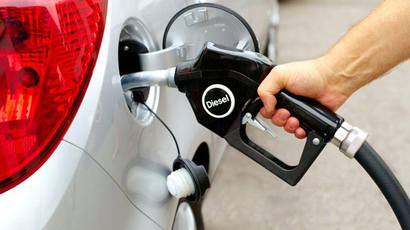 https: img.okezone.com content 2021 04 01 15 2387939 mobil-anda-boros-bensin-ini-tips-mengatasinya-zIBE8CqPCI.jpg
