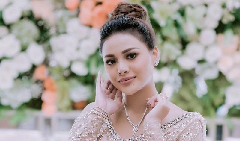 https: img.okezone.com content 2021 04 01 298 2387673 aurel-maasak-jengkol-spesial-jelang-menikah-ashanty-doyan-anang-pasrah-jiJzDrnEg7.jpg