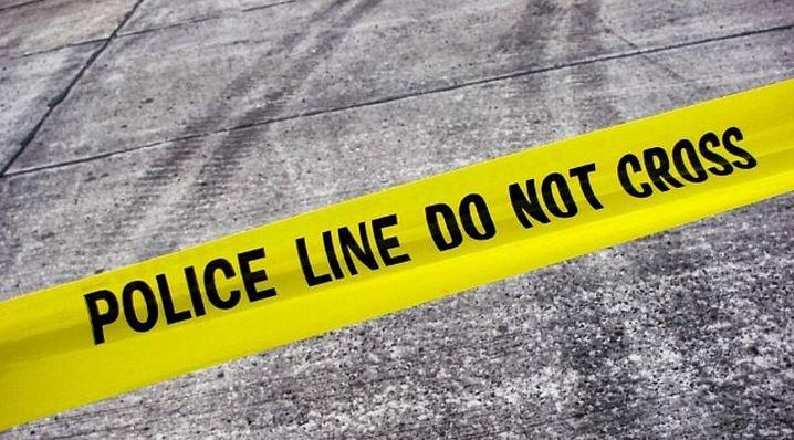 https: img.okezone.com content 2021 04 02 338 2388580 polisi-buru-pelaku-yang-taruh-buku-di-depan-halte-dekat-gereja-Hj6J5wx8uN.jpg
