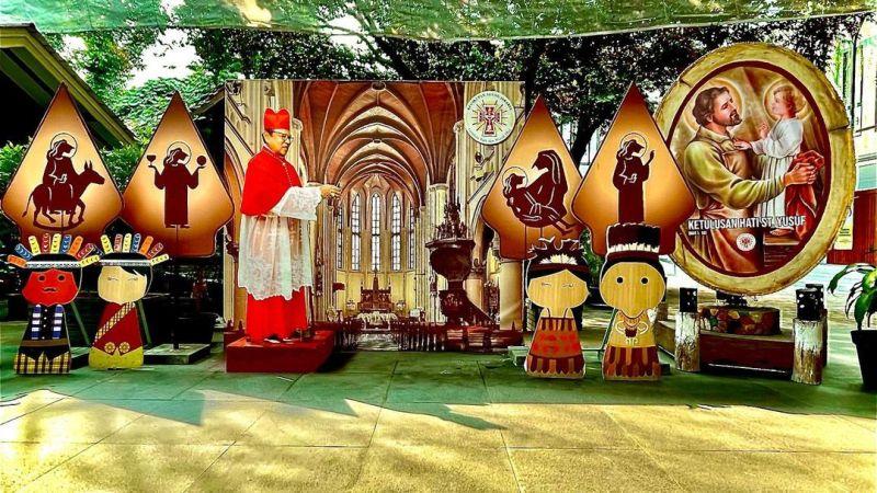 https: img.okezone.com content 2021 04 02 406 2388441 kemeriahan-dekorasi-paskah-di-gereja-katedral-jakarta-ondel-ondel-ikut-tampil-FTlzKeOLH6.jpg