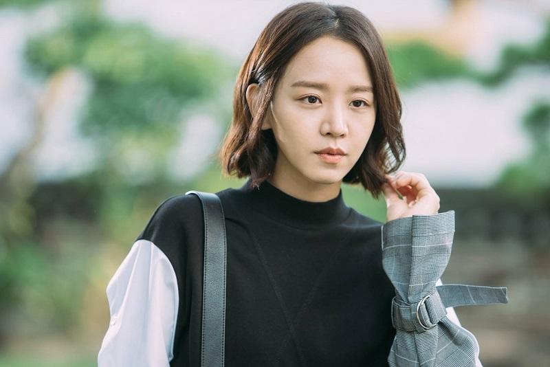 https: img.okezone.com content 2021 04 03 206 2388589 shin-hye-sun-digaet-bintangi-film-thriller-open-the-door-O45UjkRjZS.jpg