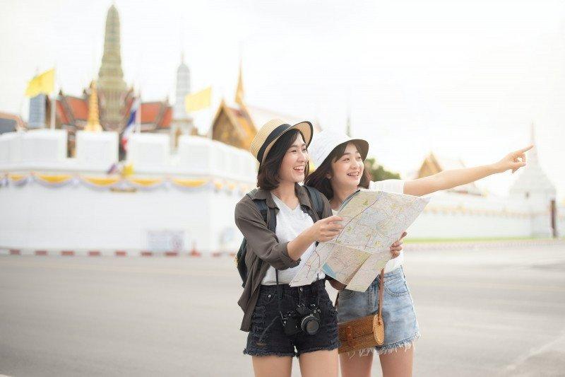 https: img.okezone.com content 2021 04 04 406 2389119 destinasi-internasional-dan-domestik-paling-banyak-dicari-turis-selama-maret-2021-QstzbiPRQX.jpg
