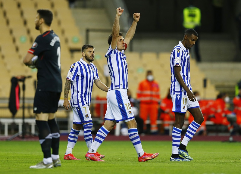 https: img.okezone.com content 2021 04 04 46 2388980 kalahkan-athletic-bilbao-1-0-real-sociedad-juara-copa-del-rey-2019-2020-mpYo0ieXca.JPG