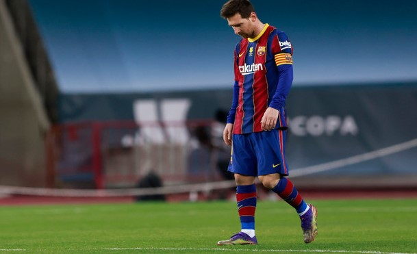 https: img.okezone.com content 2021 04 04 51 2388979 tanggapi-kepergian-messi-dari-barcelona-rivaldo-dia-berhak-lakukan-negosiasi-dengan-klub-lain-lMvM049DTa.jpg