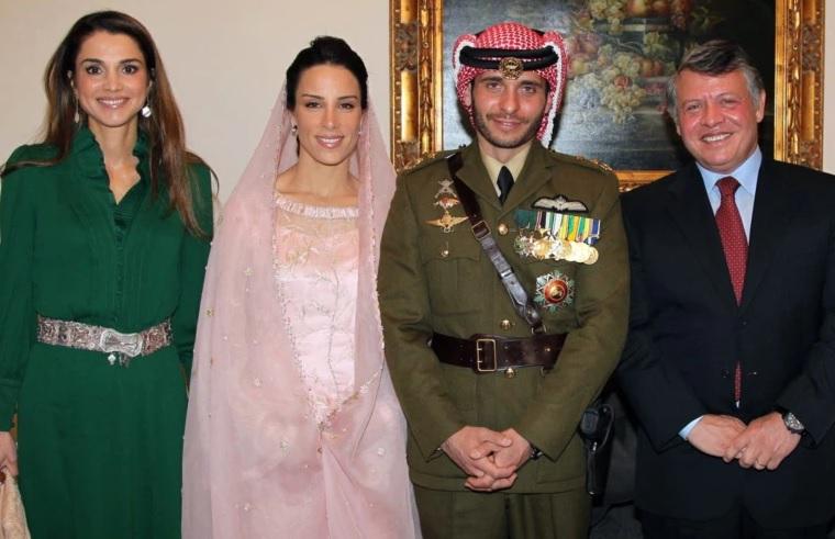 https: img.okezone.com content 2021 04 05 18 2389307 menlu-yordania-tuding-mantan-putra-mahkota-konspirasi-dengan-asing-4OhQviBEaR.jpg
