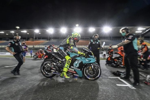https: img.okezone.com content 2021 04 05 38 2389309 finis-di-posisi-16-motogp-doha-2021-valentino-rossi-klaim-lebih-cepat-rivQmtr7LV.JPG