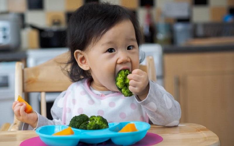 https: img.okezone.com content 2021 04 06 298 2390265 5-tips-meningkatkan-nafsu-makan-anak-bTUJL5f48C.jpg