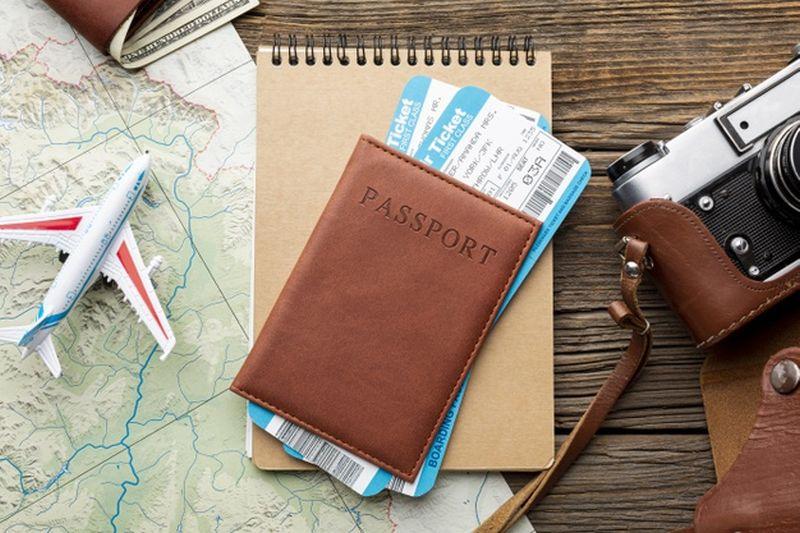 https: img.okezone.com content 2021 04 06 406 2389968 traveler-ini-nekat-palsukan-paspor-untuk-terbang-ke-eropa-via-dubai-eSuzz3mvhq.jpg
