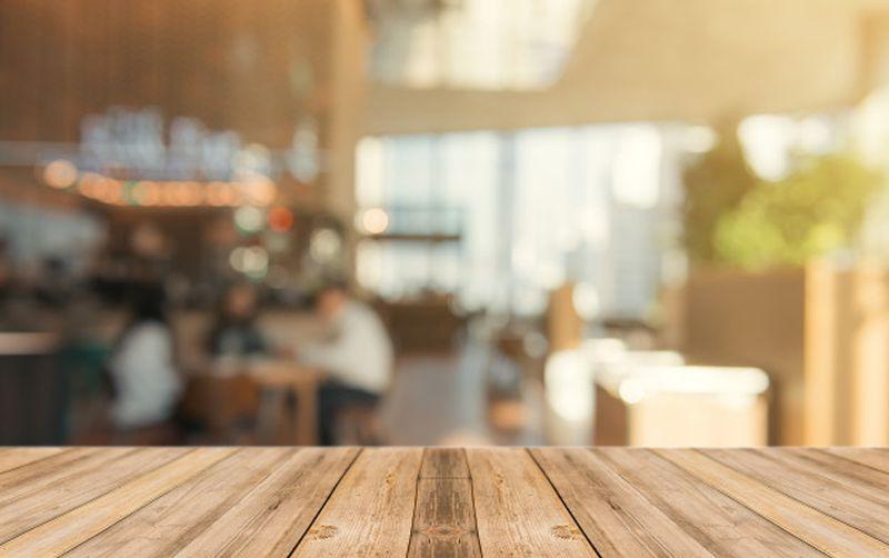 https: img.okezone.com content 2021 04 06 406 2390370 restorannya-dirampok-orang-ini-malah-tawarkan-pekerjaan-ke-perampoknya-y91zPKoOnd.jpg