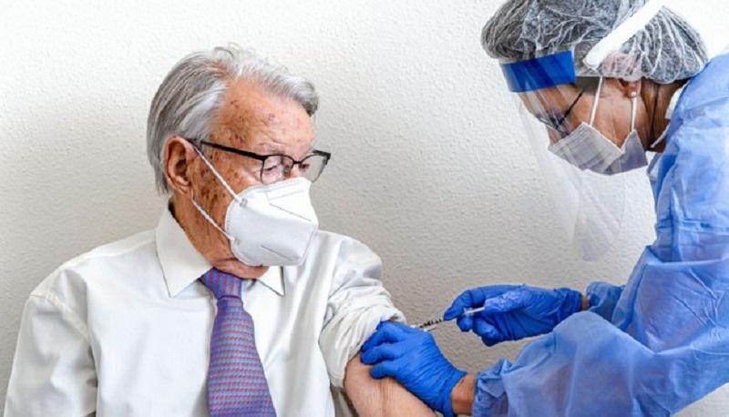 https: img.okezone.com content 2021 04 06 481 2390034 cara-anak-muda-bantu-kelompok-lansia-untuk-vaksinasi-covid-19-e98NGy4r1q.jpg