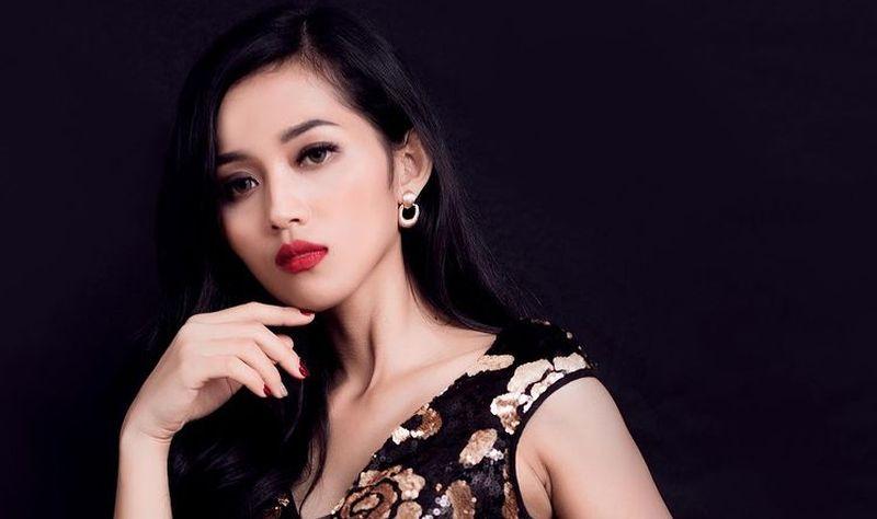 https: img.okezone.com content 2021 04 06 612 2390413 era-setyowati-alias-sierra-peserta-kontes-kecantikan-yang-jadi-simpanan-bos-bumn-jsUXK1ILnG.jpg