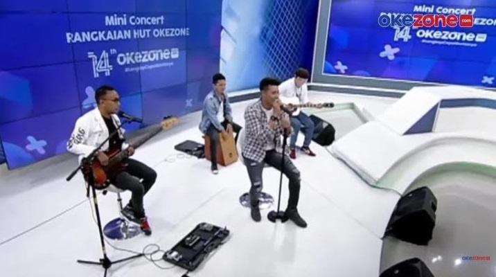 https: img.okezone.com content 2021 04 07 205 2390922 papinka-band-bawakan-lagu-baru-hut-ke-14-okezone-XZ0QDYSTGB.jpg