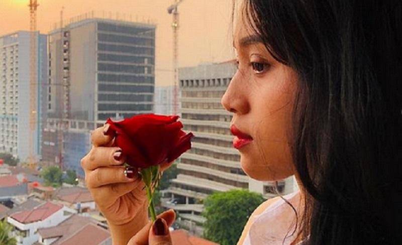 https: img.okezone.com content 2021 04 07 612 2390772 era-setyowati-ditelantarkan-suami-siri-ini-5-dampak-nikah-siri-bagi-perempuan-JimzldePNc.jpg