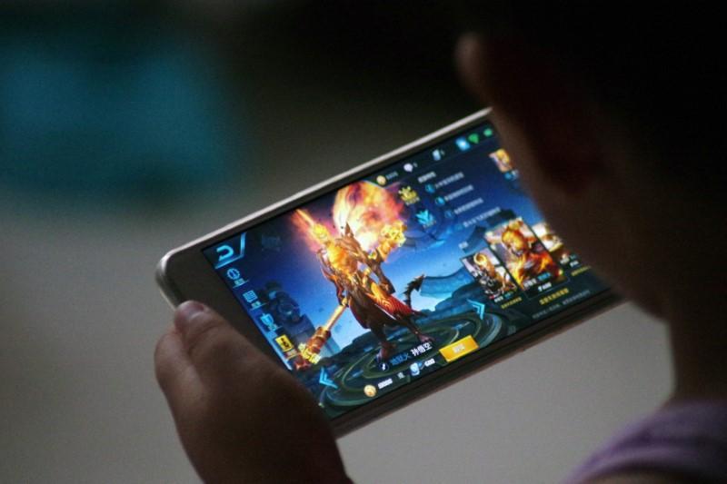 https: img.okezone.com content 2021 04 08 16 2391448 kenali-5-komponen-penting-untuk-tunjang-gaming-di-ponsel-CoAqTDadfV.jpg