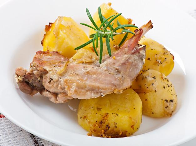 https: img.okezone.com content 2021 04 09 298 2391766 kenali-4-nutrisi-daging-kelinci-yang-baik-untuk-kesehatan-A0jDULpXGg.jpg