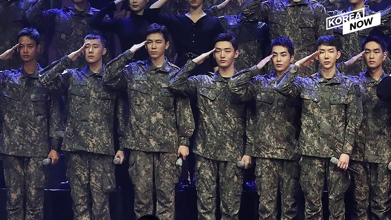 https: img.okezone.com content 2021 04 09 33 2391775 26-agensi-hiburan-korea-protes-revisi-uu-wajib-militer-vo5q5XmhPC.jpg