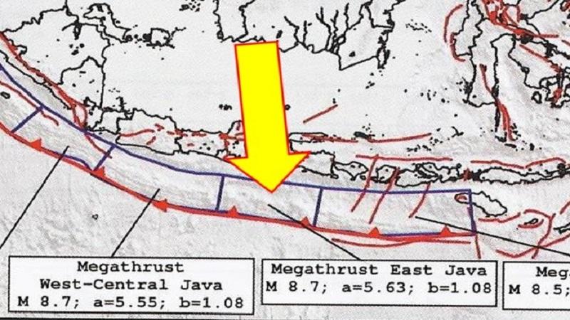 https: img.okezone.com content 2021 04 10 337 2392631 gempa-selatan-malang-magnitudo-6-1-berdekatan-pusat-gempa-merusak-jawa-timur-masa-lalu-eLGAZwBMZM.jpg