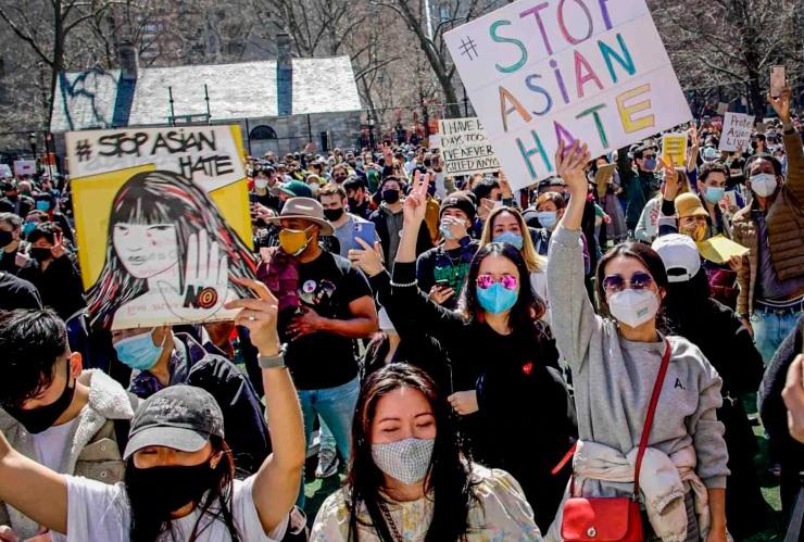 https: img.okezone.com content 2021 04 12 18 2393193 setelah-as-kebencian-terhadap-orang-asia-meningkat-di-kanada-zeBYuOGVhq.jpg