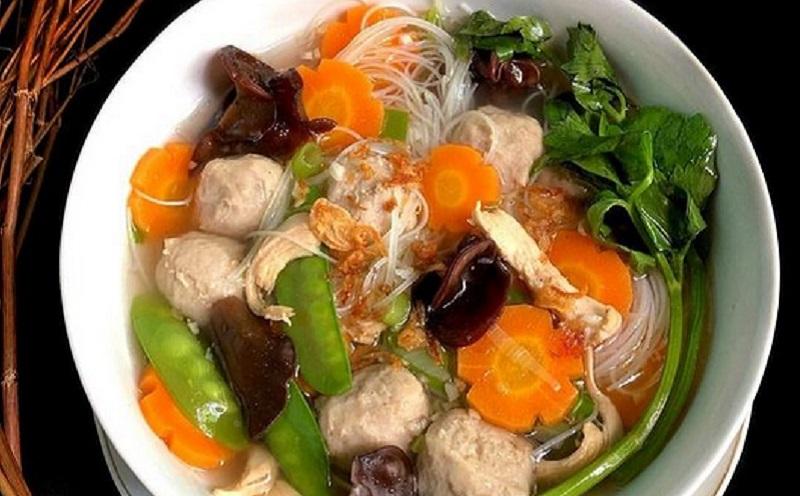 https: img.okezone.com content 2021 04 12 298 2393340 resep-sup-kimlo-bakso-yang-gurih-dan-hangat-untuk-sahur-x1pf4JHk0O.jpg