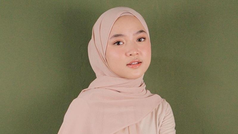 Ogah Klarifikasi Isu Pelakor dan Hamil, Nissa Sabyan Pilih Fokus Berkarya : Okezone Celebrity