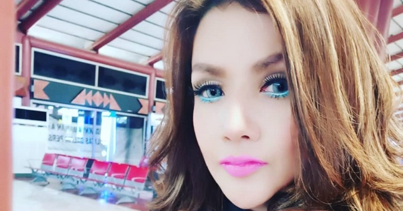 https: img.okezone.com content 2021 04 12 33 2393250 kenang-momen-romantis-barbie-kumalasari-dulu-kayak-ngerasa-happy-family-sHhQzwtdp1.jpg