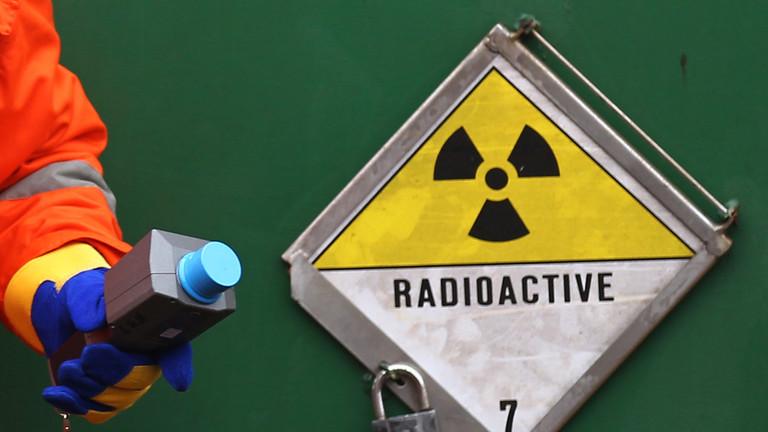 https: img.okezone.com content 2021 04 13 18 2393881 material-radioaktif-dicuri-perampok-pemerintah-meksiko-peringatkan-9-negara-bagian-58HBwXyQDq.jpg