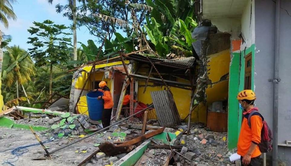 Korban Gempa Malang Bertambah, Satu Orang Meninggal saat ...