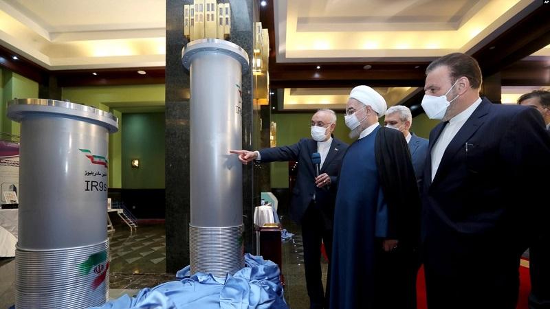 https: img.okezone.com content 2021 04 14 18 2394838 presiden-iran-tegaskan-pengayaan-uranium-60-adalah-jawaban-atas-kejahatan-ctp1oTeiIn.jpg