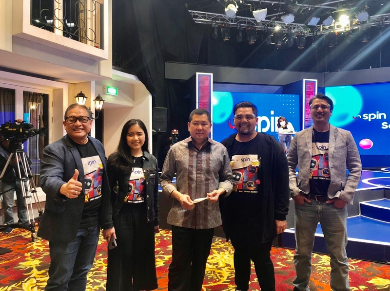 https: img.okezone.com content 2021 04 16 320 2396054 spin-points-and-new-ui-soft-launching-transaksi-pakai-spin-pay-rebut-spin-points-raih-benefitnya-t8x8afJ2uu.jpg