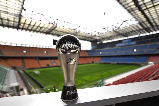 https: img.okezone.com content 2021 04 18 51 2396510 5-calon-pemain-terbaik-fifa-2021-per-april-nomor-1-paling-berpeluang-WOHIbsohDb.jpg
