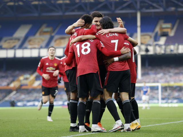 https: img.okezone.com content 2021 04 18 51 2396520 jadwal-sepakbola-nanti-malam-man-united-semifinal-piala-menpora-2021-hingga-juventus-iitmVj1Ryj.jpg