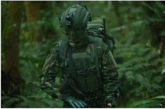 https: img.okezone.com content 2021 04 19 337 2397203 tampil-gahar-ini-seragam-baru-kopassus-yang-sulit-terdeteksi-musuh-InM2OTbyLI.jpg