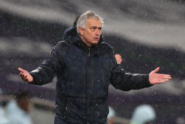 https: img.okezone.com content 2021 04 19 45 2397283 jose-mourinho-dipecat-karena-tottenham-hotspur-gabung-ke-liga-super-eropa-kMgCEjrlaa.jpg