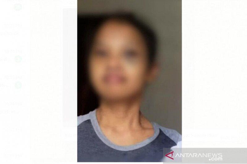 https: img.okezone.com content 2021 04 20 337 2397454 tkw-asal-jatim-jadi-korban-penyiksaan-di-malaysia-kbri-bergerak-cepat-auIoPoxgvm.jpg