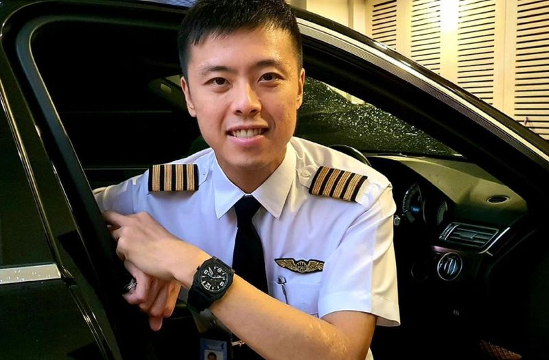 https: img.okezone.com content 2021 04 20 406 2397960 apa-tes-untuk-menjadi-pilot-kapten-vincent-raditya-beri-tipsnya-HGeKowUyRb.jpg