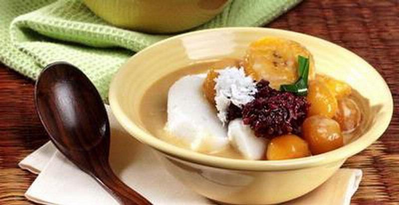 https: img.okezone.com content 2021 04 22 301 2399199 deretan-makanan-tradisional-nusantara-khas-ramadhan-sotong-pangkong-hingga-sate-susu-obvd8m137W.jpg