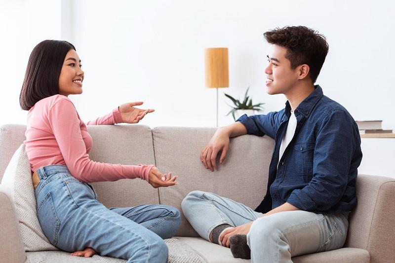 https: img.okezone.com content 2021 04 23 12 2399749 pacar-serius-mengajak-nikah-coba-tanyakan-4-pertanyaan-soal-keuangan-ini-bXveGcAapj.jpg