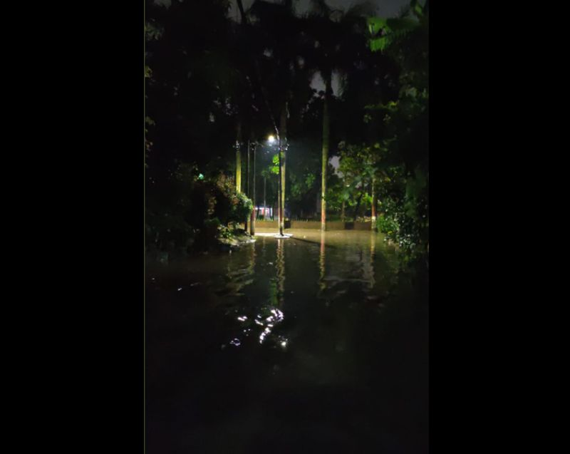https: img.okezone.com content 2021 04 23 338 2399900 pela-mampang-jaksel-banjir-warga-pertanyakan-realisasi-pompa-air-F78t8nB8z6.jpg