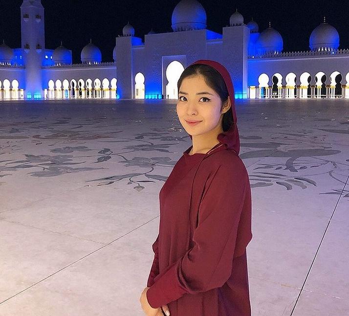 https: img.okezone.com content 2021 04 23 43 2399733 atlet-cantik-jiu-jitsu-kazakhstan-ini-punya-tips-jitu-berolahraga-di-bulan-suci-ramadan-kPOT5ijTMC.jpg