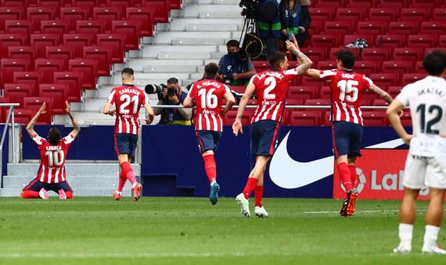 https: img.okezone.com content 2021 04 23 46 2399341 hajar-huesca-atletico-madrid-kembali-pimpin-klasemen-liga-spanyol-2020-2021-oU0y5oEmqi.jpg