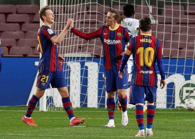 https: img.okezone.com content 2021 04 23 46 2399370 klasemen-liga-spanyol-atletico-madrid-kembali-ke-puncak-barcelona-geser-sevilla-XFfvEQdbIF.jpg